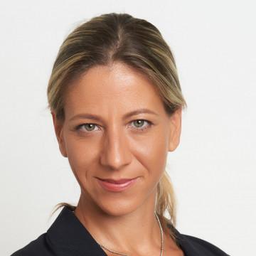 Kardosné Mészáros Viktória Gabriella dr.